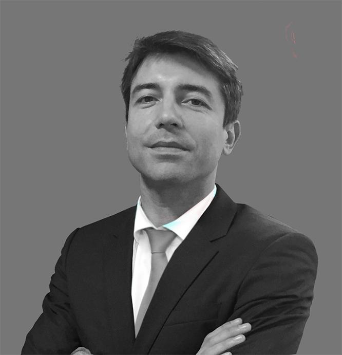 Pedro Lisboacorbata1